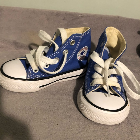 Converse Shoes | High Tops Size 5